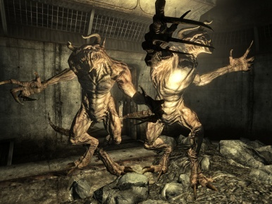 Deathclaw_attack
