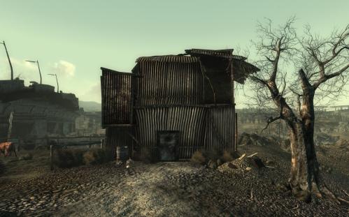 Abandoned_residence_Arefu